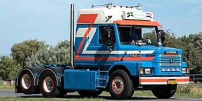 SCANIA 142 RouwTruck